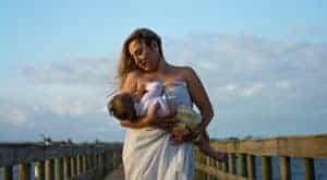 Tips-to-Avoid-Back-Pain-Due-To-Breastfeeding