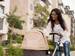 Freemie-Liberty-Mobile-Hands-Free-Breast-Pump-give-you-the-freedom-to-enjoy-outdoor